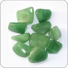 "Green Adventurine: ""Stone of Prosperity"",  All around healer, helps settle nausea and dissolves negative emotions and thoughts. It bring well-being and emotional calm. Activates the Heart Chakra."