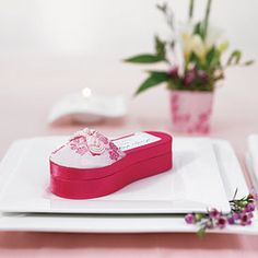 Asian Pink Brocade Slipper Favor Boxes - Wouldn't these be cute for an Asian-themed baby shower? It's a girl! Best Wedding Favors, Wedding Favor Boxes, Wedding Themes, Favour Boxes, Wedding Decor, Cherry Blossom Party, Oriental Wedding, Baby Shower Themes, Shower Ideas