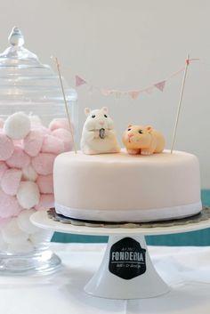 Hamster and cake eeeeee!!!!!!