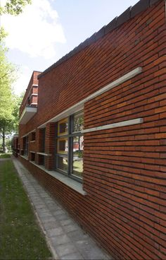 Basisschool De Wegwijzer - Steenfabriek Vogelensangh- Antigoon oranje rood genuanceerd