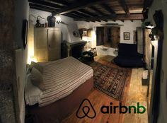 "Pokój prywatny w Sintra, Portugalia. An incredibly beautiful room in an old rustic farm house with private entrance and a fire-stove! Located in an organic farm and a sustainability activity centre with natural buildings, farm animals and organic gardens. Our guests leave saying ""a r..."