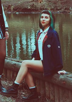I'm from Russia and I'm 21 years old skingirl :) I love reggae, rocksteady and soul! Chica Skinhead, Skinhead Girl, Skinhead Fashion, Punk Fashion, Grunge Fashion, Girl Fashion, Skinhead Style, Punk Girl Hair, Bum Tattoo