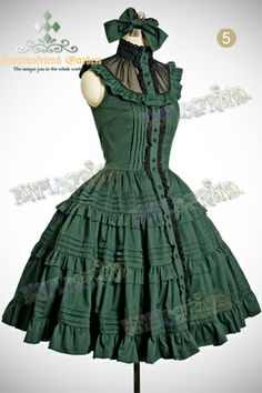 It is such a pretty colour and the black chiffon yoke is adorable. Harajuku Mode, Harajuku Fashion, Kawaii Fashion, Lolita Fashion, Cute Fashion, Vintage Fashion, Emo Fashion, Gothic Fashion, Pretty Outfits