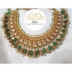 Gold Jewelry In Pakistan Indian Wedding Jewelry, Bridal Jewelry, Gold Jewelry, Unique Jewelry, Kundan Set, Jewellery Sketches, Discount Jewelry, India Jewelry, Fashion Jewelry