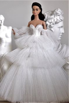 Wedding Dresses With Straps, Elegant Prom Dresses, Wedding Gowns, Fashion Royalty Dolls, Fashion Dolls, Barbie Bridal, Barbie Miss, Bride Dolls, Beautiful Barbie Dolls