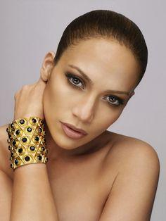 Leo - Jennifer Lopez - http://www.simplysunsigns.com/