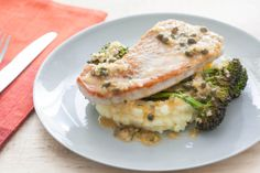 turkey cutlets with mashed potatoes, roasted broccoli & caper sauce. Fluffy Mashed Potatoes, Mashed Cauliflower, Lemon Caper Sauce, Turkey Cutlets, Turkey Recipes, Turkey Dishes, Chicken Recipes, Dinner Entrees, Gourmet