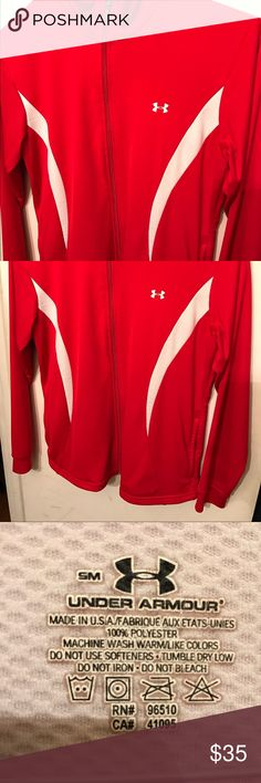 Under Armour sweat shirt in excellent condition! Very nice under Armour sweat shirt in excellent condition. No rips tears or stains. Tops Sweatshirts & Hoodies
