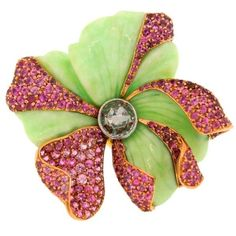 Colorful & Prominent Pink Sapphire, Diamond, Chrysophrase & Gold Ring by CARVIN FRENCH Fantastic Prominent Chic Color. Green Diamond Rings, Buy Diamond Ring, Pink Sapphire Ring, Diamond Brooch, Yellow Gold Rings, Diamond Jewelry, Gold Jewelry, Jewelery, Modern Jewelry