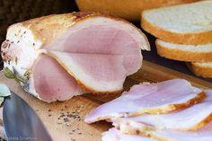 Буженина. Очень вкусная.  Ингредиенты: свинина (можно взять кусок с кожей и подкожным жиром) - 1-2 кг.; майонез - 3-4 ст. л.; чеснок - 2-3 дольки; специ... - Кеша: рецепты, салаты, консервация, кулинария. - Google+