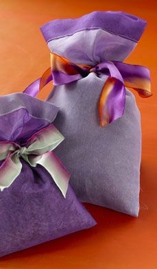 Lavender Sachets - Make your fragrant sachets by filling handkerchiefs or colored netting with lavender