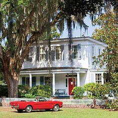 """Georgia Coast Road Trip: Savannah to St. Simon's Island"" via @Southern Living."
