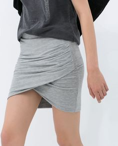 ZARA - TRF - DRAPED MINI SKIRT
