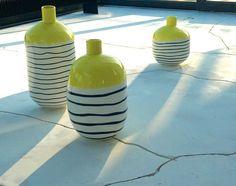 vase design jaune noir rayure blanche décoration th manufacture Jean-Baptiste CEAUX