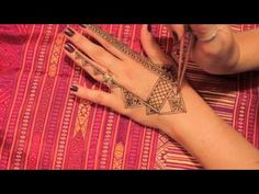 Desdemona's Designs Moroccan and Tropical Henna mash up