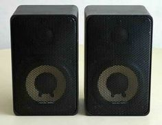Realistic Minimus 7 was a budget clone of the A/D/S and Visonik David miniature speakers