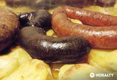 Disznótoros hagymás krumplin sütve Sausage, Food, Sausages, Meals, Yemek, Eten, Chinese Sausage