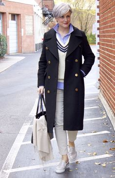 Classic navy blue coat  | Get more style tips and inspiration at 40plusstyle.com