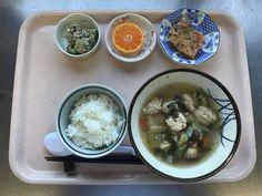 12月27日。肉団子スープ、人参のちぢみ風、ブロッコリーのごまマヨネーズ、みかんでした!肉団子スープが特に美味しかったです!605カロリーです
