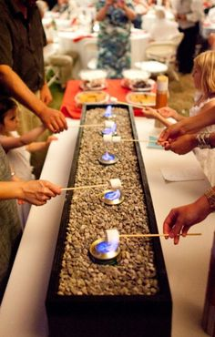 Totally Ingenious Tips And Tricks To Make Your Wedding Planning Easier Looking for something different and inexpensive? Try a smores bar.Looking for something different and inexpensive? Try a smores bar. Do It Yourself Wedding, S'mores Bar, Bar 25, Bar Cart, Festa Party, Grad Parties, Parties Food, Party Planning, Event Planning Tips