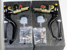 Bronze,Black, Gray,Red,1 pair CNC universal Moto Motorcycle Hydraulic Pump Brake Clutch Master Cylinder Lever 18-20 Adjustable♦️ SMS - F A S H I O N 💢👉🏿 http://www.sms.hr/products/bronzeblack-grayred1-pair-cnc-universal-moto-motorcycle-hydraulic-pump-brake-clutch-master-cylinder-lever-18-20-adjustable/ US $79.78