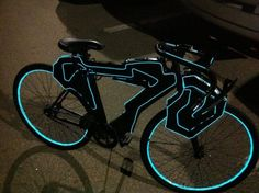 Funny pictures about Tron bike. Oh, and cool pics about Tron bike. Also, Tron bike photos. Tron Light Cycle, Tron Bike, Tron Legacy, Bicycle Lights, Bike Light, Geek Out, Clash Of Clans, Tech Gadgets, Cool Bikes