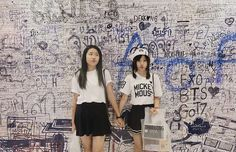 4 ใบสดทายยย kumamon black and white  Color : black white  Price : 250 baht/piece Free size : 22-23 inch Free regis (EMS 20 baht)  ใครสนใจกดคลกลงตรงไบโอเลยนะคะ  #buckethat #kumamon #hat #thailand #DIY #handmade #homemade #Bkk #sanrio #disney #ShopeeTH #china #taiwan #hipster #zakka #sale #kumamonthailand #kumamonland #shopping #bear #くまモン #japan #cute #คมะมง #hongkong #minimal #kumamoncafe #kumacafe #lafillebuckethatrstillinstock #shopeeshipfree by lafille_buckethat