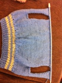 Crochet jacket coat dog sweaters 44 Ideas for 2019 Knitted Dog Sweater Pattern, Knit Dog Sweater, Dog Pattern, Dog Sweaters, Coat Patterns, Knitting Patterns, Crochet Patterns, Dog Jumpers, Crochet Jacket