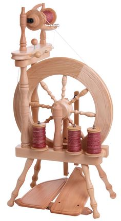 KLEIN & SCHÖN: Traveller #ashford #spinning #wheel a this is the wheel I have here on StoneGate Farm.
