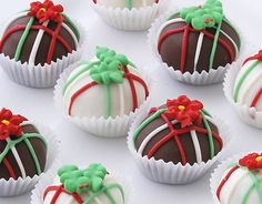 Cake Bites - Poinsettia Collection, $19.99. (http://www.cakebites.biz/products/poinsettia-collection.html) #cakeballs #cakepops #Christmas