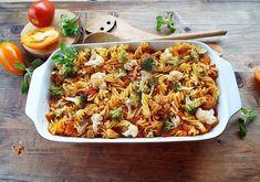 Paste cu legume in stil polonez Calamari, Fried Rice, Pasta Salad, Fries, Vegetarian Recipes, Vitamins, Food And Drink, Healthy, Ethnic Recipes