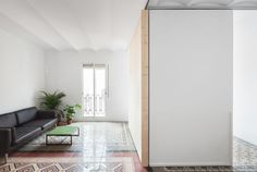 Marfa Architects, Lorenzo Kàràsz · Refurbishment of a 45 m2 apartment in Barcelona