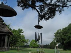 Golf Club Wind Chime Recycled and Repurposed Golf Club Crafts, Golf Ball Crafts, Best Golf Irons, Golf Club Reviews, Golf Chipping Tips, Classic Golf, Best Golf Clubs, Sport Craft, Yard Art