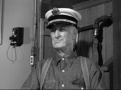 Leave It To Beaver: Gus the fireman played by the great Burt Mustin. Wtf Funny, Funny Cats, Jerry Mathers, Leave It To Beaver, Old Tv Shows, Classic Tv, Good Old, Firefighter, Captain Hat