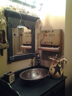Mediajoongdokcom primitive country bathroom ideas alluring primitive bathroom ideas with best 25 primitive country Americana Bathroom, Primitive Country Bathrooms, Primitive Bathroom Decor, Country Baths, Prim Decor, Rustic Bathrooms, Country Primitive, Primitive Decor, Primitive Country Decorating