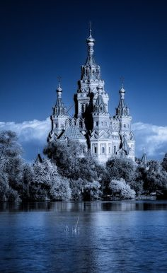 Looks like a beautiful version of the castle in the sea, from Ink Heart. As a ghost, I am looking for a castle to haunt. In Russia you do not haunt castle, Castle haunts YOU! Places Around The World, Oh The Places You'll Go, Places To Visit, Around The Worlds, Beautiful Castles, Beautiful Buildings, Beautiful Places, Amazing Places, Photo Chateau