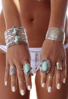 Boho jewelry :: Rings, bracelet, necklace, earrings flash tattoos :: For Gypsy wanderers Free Spirits :: See more untamed bohemian jewel inspiration @untamedorganica