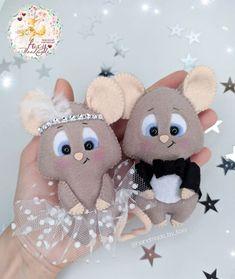 Felt Kids, Bear Felt, Felt Crafts Diy, Personalized Gifts For Kids, Felt Dolls, Felt Ornaments, Felt Animals, Christmas Crafts, Craft Projects