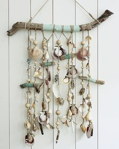 83.3k Followers, 888 Following, 1,173 Posts - See Instagram photos and videos from Marie Claire Idees (@marieclaireidees) Seashell Art, Seashell Crafts, Beach Crafts, Fun Crafts, Arts And Crafts, Twig Art, Crochet Dreamcatcher, Driftwood Crafts, Beaded Curtains