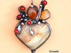 Fialka - vinutá perla