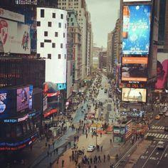 Times square now. И это два часа дня!!! #NYC #usa #timessquare #manhattan #street #city #hurrican #sandy #aftermath #frankenstorm #storm #weather #people - @kartavenkocom- #webstagram