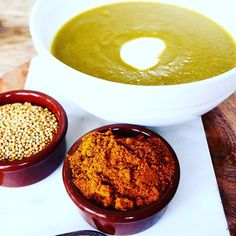 Bloemkool kerrie soep! www.purefoodie.nl  #purefoodie #foodie #food #foodblog #foodporn #healthy #cauliflower #bloemkool #kerrie #masala #mosterd #mosterdzaad #recept #koken #gezondkoken #cooking #healthyfood #fitfood #greens #veggies #vegan #veganfoodshare #veganfood