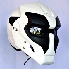 (notitle) - Motorcycle Helmets I like - Motorrad Motorcycle Helmet Design, Novelty Motorcycle Helmets, Motorcycle Equipment, Motorcycle Paint Jobs, Futuristic Motorcycle, Motorcycle Gear, Bike, Cool Motorcycles, Vintage Motorcycles