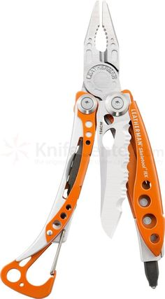 Knife Quotes, Knife Puns and Survival Quotes:Here are some favorite knife quotes, knife puns and survival quotes. Edc Tools, Survival Tools, Survival Knife, Knives And Tools, Knives And Swords, Outdoor Gadgets, Outdoor Gear, Edc Gadgets, Edc Everyday Carry