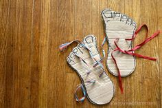 DIY Monster Feet by ahappywanderer #DIY #Kids #Toys #Monster_Feet
