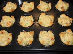 Sajtos-csirkés muffin recept lépés 6 foto Muffin, Griddle Pan, Mashed Potatoes, Food And Drink, Breakfast, Ethnic Recipes, Grill Pan, Whipped Potatoes, Breakfast Cafe