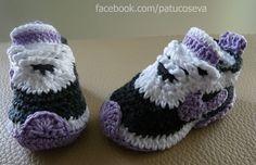 Hecho en ganchillo a mano con lana de alta calidad. Patucos de otoño//invierno Síguenos en facebook.com/patucoseva