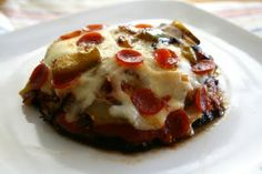 24/7 Low Carb Diner: Portabella Pizza. Who needs to bother with a crust?