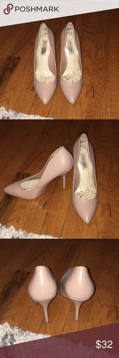 Neutral colored Steve Madden pumps Only worn one time, pumps, Steve Madden Steve Madden Shoes Heels