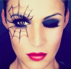 Pin for Later: 25 Spiderweb-Themed Makeup Ideas That Will Turn Heads on Halloween Witchy Wink Loading. Pin for Later: 25 Spiderweb-Themed Makeup Ideas That Will Turn Heads on Halloween Witchy Wink Disfarces Halloween, Halloween Makeup Looks, Halloween Spider Makeup, Facepaint Halloween, Halloween Makeup Vampire, Simple Halloween Costumes, Spider Web Costume, Witchy Makeup, Maquillage Halloween Vampire